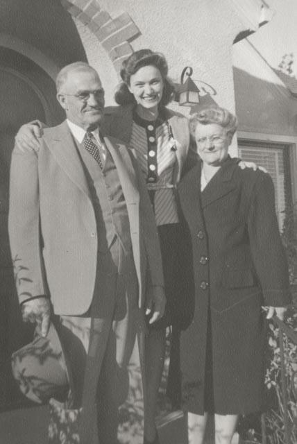 1942 c. Thompsons--Will, Belle & Marjorie